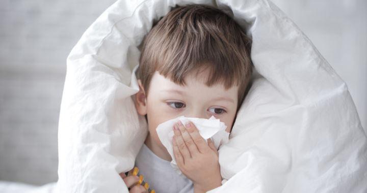 a nátha tünetei gyermekeknél