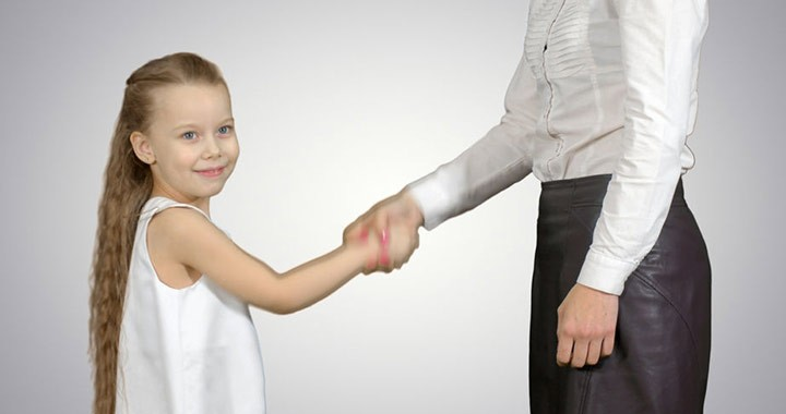 A mentálisan erős szülők ezeket a dolgokat kihagyják a gyereknevelésből